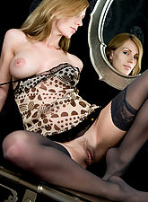 stocking galleries, Vanity and seduction by the mirror, filled with overwhelmingly erotic desires